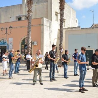 E la Banda di Ortelle ci accoglie in musica