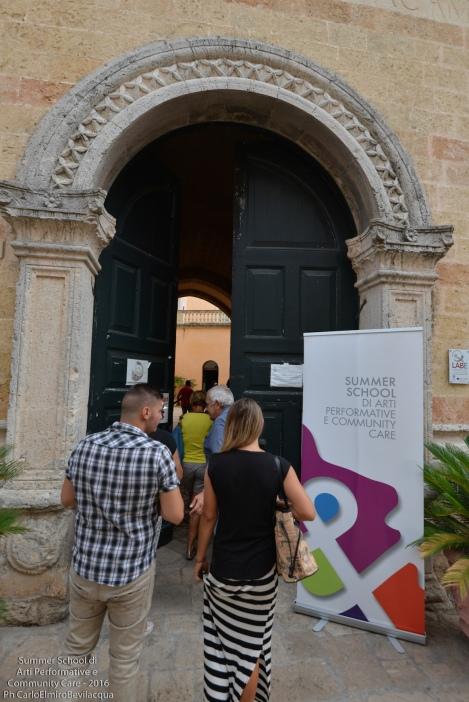 A Palazzo Legari insediamo la nostra 'base operativa', accolti dalla Presidente della ProLoco Adonella Caggiula