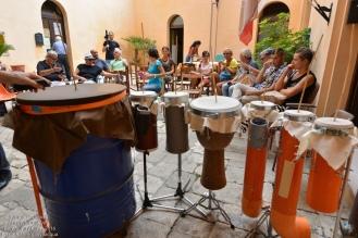 Ora è la volta di un altro artista, Pino Basile, e delle sue tante differenti Cupa-cupa...