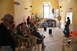 Ritorniamo anche a Palazzo Legari per una videoproiezione di musica elettronica per tamburello e fuochi d'artificio