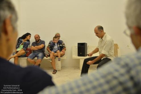 Questa sera proponiamo un Monologo tratto da un racconto di Dino Buzzati interpretato da Antonio Ramos